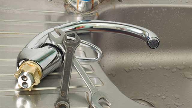 Klus hulp voor huis en bedrijf - Het vervangen, repareren en vernieuwen van kranen, siffons, en leidingen